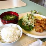 ルクソール - 料理写真:チキン南蛮定食 小盛 580円