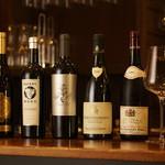 【神保町】まるでコンサートホールに居るようなイタリアン カフェ トライオード - 赤ワイン