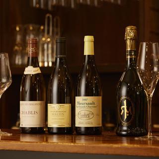 こだわりのドイツ製ワイングラスで楽しむ上質なワイン70種類