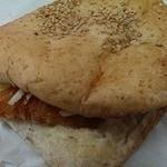 かめしまパン - チリ海老カツサンド的な