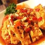 ハオ ハオ - 揚げ鶏肉の香味ソースかけ ¥890