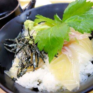 津田の松原サービスエリア(上り線) スナックコーナー - 料理写真:鯛のだし茶漬け