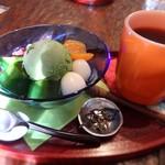 抹茶カフェ 茶歩 - 料理写真:茶歩の抹茶あんみつ(ドリンクセット)950円