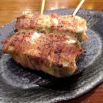 炭火焼鳥ていじ - ピーマンとチーズの肉巻き!(2015,10/23)