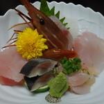 やまに郷作 - 地魚のお造り(どぶ汁定食)