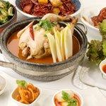 ハバネロ居酒屋 BOKUN - みんなで楽しむならうま辛♪丸ごとチキン鍋コース