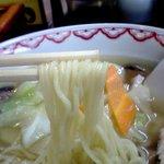 中華・きそば 栄久 - 麺は細い