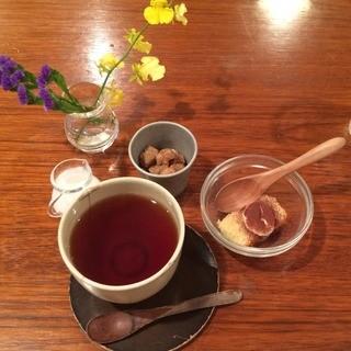 aunt MIMI - 1,080円ランチに付く紅茶とデザート