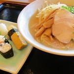 ファミリーレストラン タイニー - ラーメン寿司セット