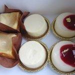 ラフブロッサム - こんな綺麗なケーキをちゃんと我が家の社員は味わって食べてくれるか不安