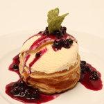 アメリカンクラブハウス - 料理写真:アップルパイアラモード