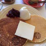 ア・ピース・オブ・ケイク - パンケーキ(バターミルク、グレイン)