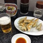 43796612 - 餃子、ビール大
