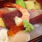 漁 - 料理写真:ちらし
