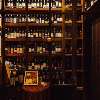グラスワインは約300種!