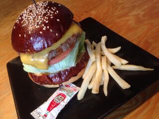 ハングリー ヘブン 目黒店 - ハングリー ベブンズチーズ