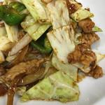 芳月園 - 回鍋肉は案外甜麺醤とか控えめで軽く仕上げてある