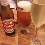 43811022 - まずは、スペインビールとカヴァで乾杯!