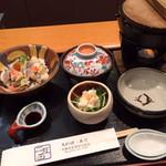 魚料理・寿司 二反田 - 秋限定のランチ ちらし寿司と豚とキノコの味噌鍋