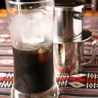 ★ベトナムフィンドリップで仕立てる本場のアイスコーヒー