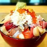 梅寿司 - 特上ちらし   ¥3300    別アングル