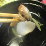 関辻屋 - 肝吸いの肝は炙りも、一色産とはかなり香りが違う