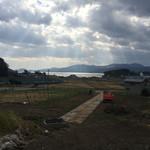 43855591 - 駐車場から陸前高田の海を眺めます