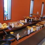 ブーランジェヤマダ - 約60種類のパン