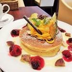 珈琲館 - 栗とかぼちゃのモンブランホットケーキ