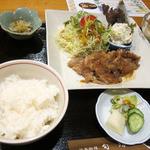日本料理 旬坊 - 豚生姜焼き膳