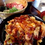 げんき横丁 - 料理写真:ねぎとろ鉄火丼とかき揚げ丼 (2015.10現在)
