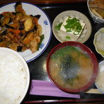 食い処飲み処 久よし - 料理写真:肉茄子定食750円珈琲付き