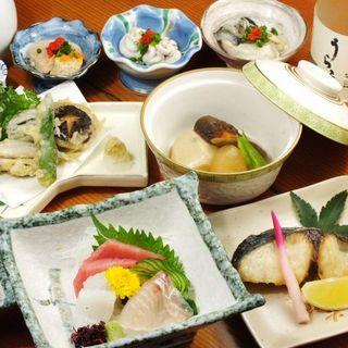 当日の仕入れ食材を【おまかせ料理】