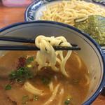浜屋 - 麺アップ