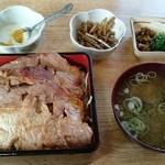 みかさ食堂 - 焼肉丼 850円