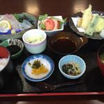 玄海 若潮丸 - 玄海定食=1500円  税別