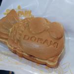 ドラえもん わくわくスカイパーク カフェゾーン - たい焼き(つぶ餡)・・・何故ドラミちゃん・・・☆