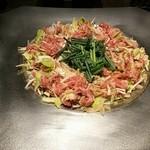 炊き肉 牛ちゃん - 炊き肉(カルビ、ロース、いか入り)