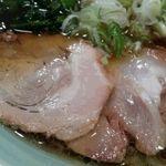 麺通 - チャーシュー