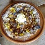 43897658 - 安納芋とハチミツのシナモンピザ