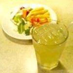 シズラー - ドリンク&サラダ