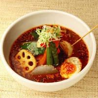 札幌ドミニカ - スープカレー 赤の野菜に玉子トッピング