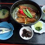 UOUO - 穴子丼セット¥1200