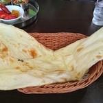 ウェルカムネパールレストラン - プレーンナン