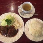 ロン - ハンバーグ定食 850円