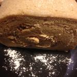 小川珈琲 - 4種の木の実のお米のロールケーキ