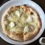 ダ・モコ - 四種チーズピザ