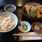 みなと - 日替わり890円、南瓜と舞茸天ぷらのそば、そばご飯