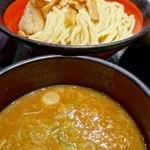 山岸一雄製麺所 - つけ麺