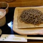 蕎麦切り こばやし - 吟醸黒(挽きぐるみ)850円。